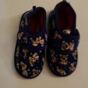 Other - Toddler Boys Fuzzy Shoes Size 9-10